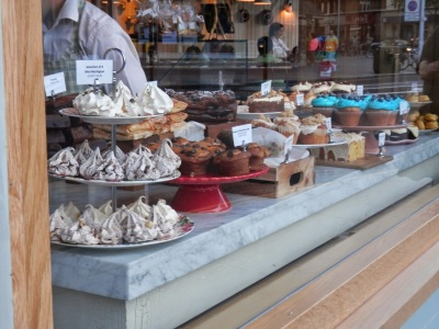 By E.V.Pita (2013), sweets in UK / Dulces en Inglaterra, por E.V.Pita / Larpeiradas en Inglaterra (Pita)