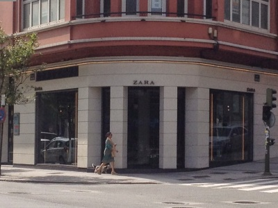 By E.V.Pita, Zara fashion shops in Europa and USA /  Por E.V.Pita ,Tiendas de Zara en Europa y Estados Unidos / Por E.V.Pita ,  Tendas de Zara polo mundo adiante