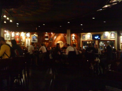 by E.V.Pita... Hard Rock Caf around the world / por E.V.Pita... Las tiendas de Hard Rock Cafe del mundo / Os Hard Rock