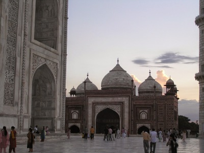 India, Taj Mahal at sunset  by E.V.Pita (2006)  http://sunsetplanet.blogspot.com/2015/05/india-taj-mahal-at-sunset-india-taj.html   India, Taj Mahal al atardecer  por E.V.Pita (2006)